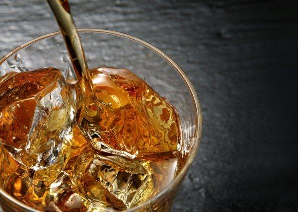 バー ウイスキー