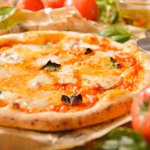 イーストン ピザ イタリアン