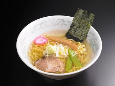 東京五十番すすきの店 塩ラーメン