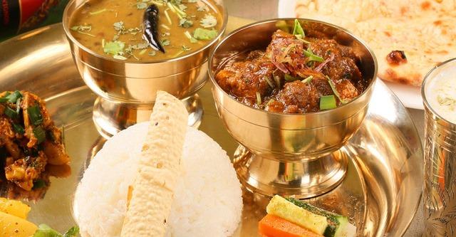 アースコンテンポラリー インド・ネパール料理 カレー