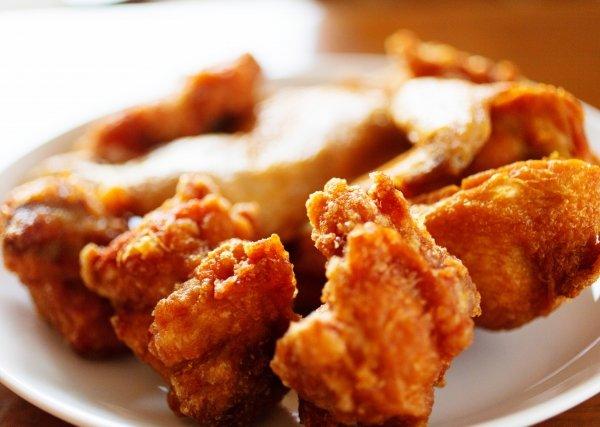 ザンギ、鶏の半身揚げ